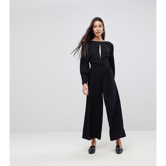 e0d98deeef5 NWT ASOS TALL 40 s Tea Jumpsuit with Sleeve Detail